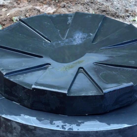 Дренажный колодец Термит в земле